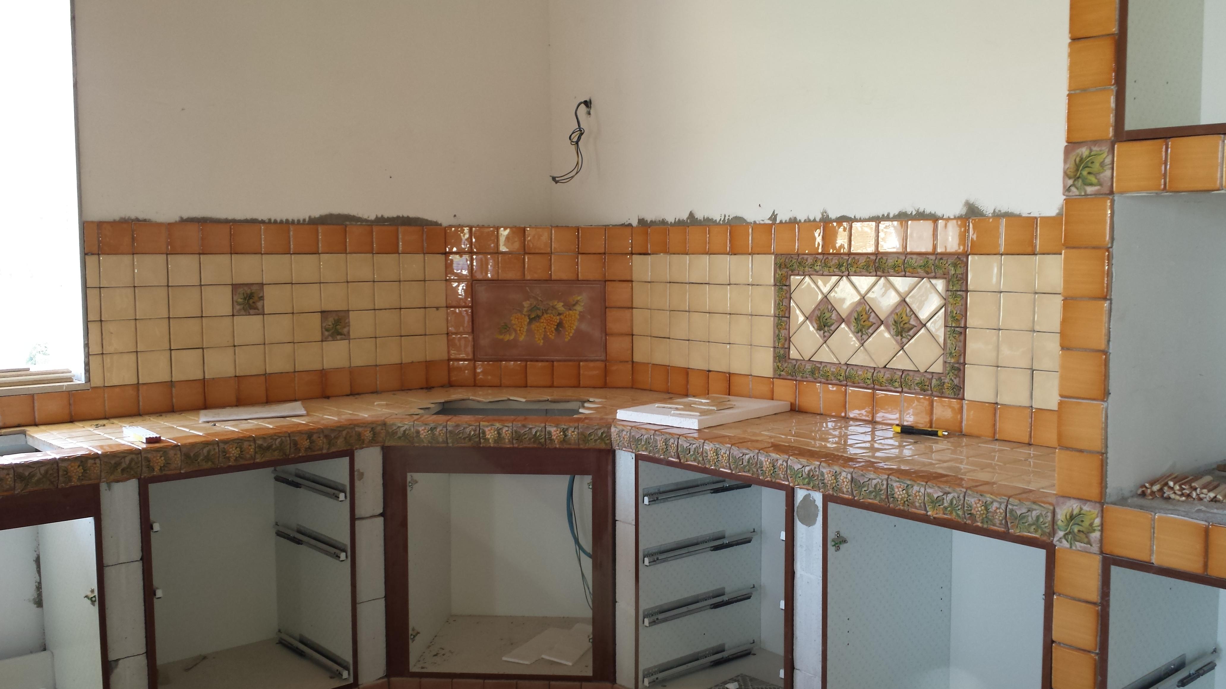Realizzazione cucine in muratura santo tomagra for Cucine in muratura